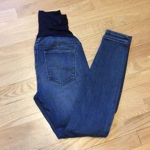 GAP 1969 maternity true skinny jeans